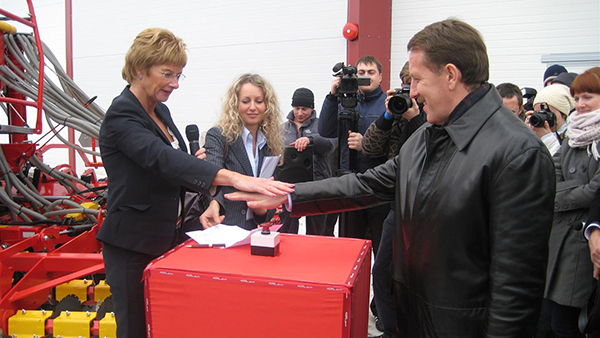 Christina Stark at the opening of the operations in Linski