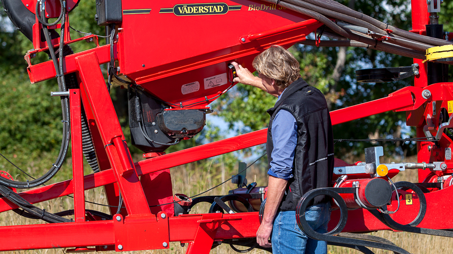 Väderstad BioDrill offers user friendly operations