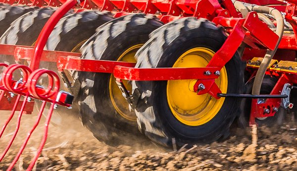 Rapid seed drill OffSet lowers draught requirement
