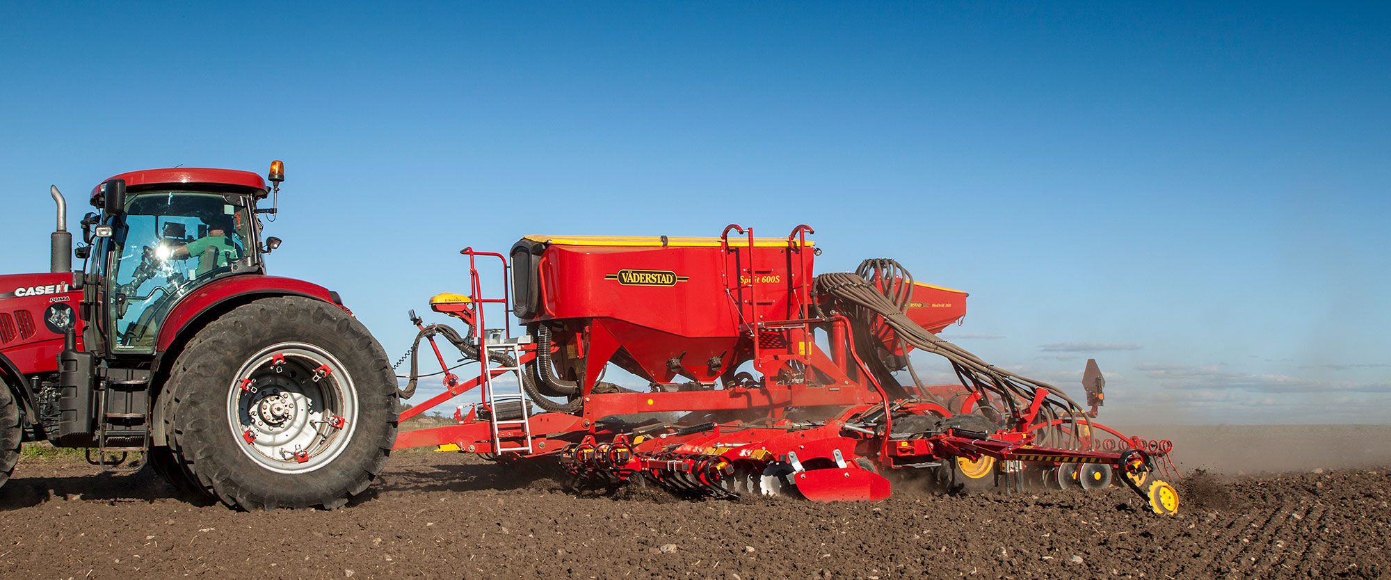 Väderstad seed drill Spirit 600S in field