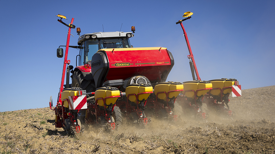 Tempo Planter in field